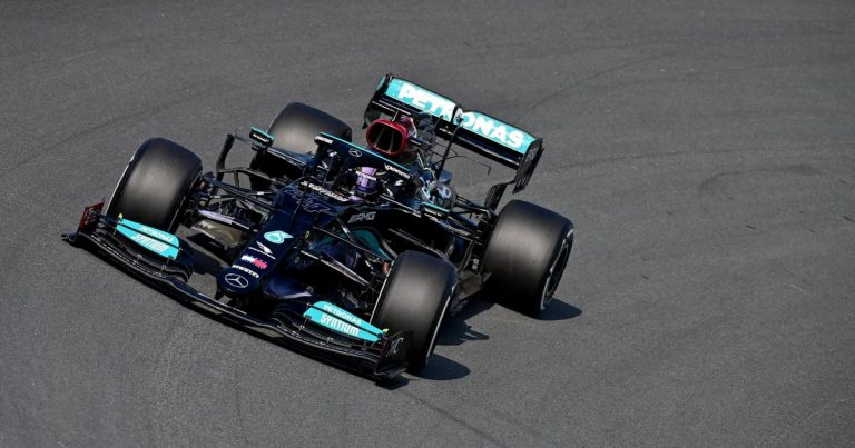 Hamilton tops shortened practice session in Zandvoort